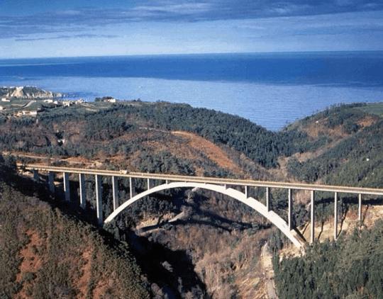 Arco-de-la-Regenta