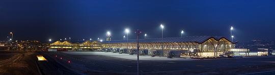 Terminal 4 Aeropuerto Madrid Barajas -Richard Rogers - Ferrovial Agroman
