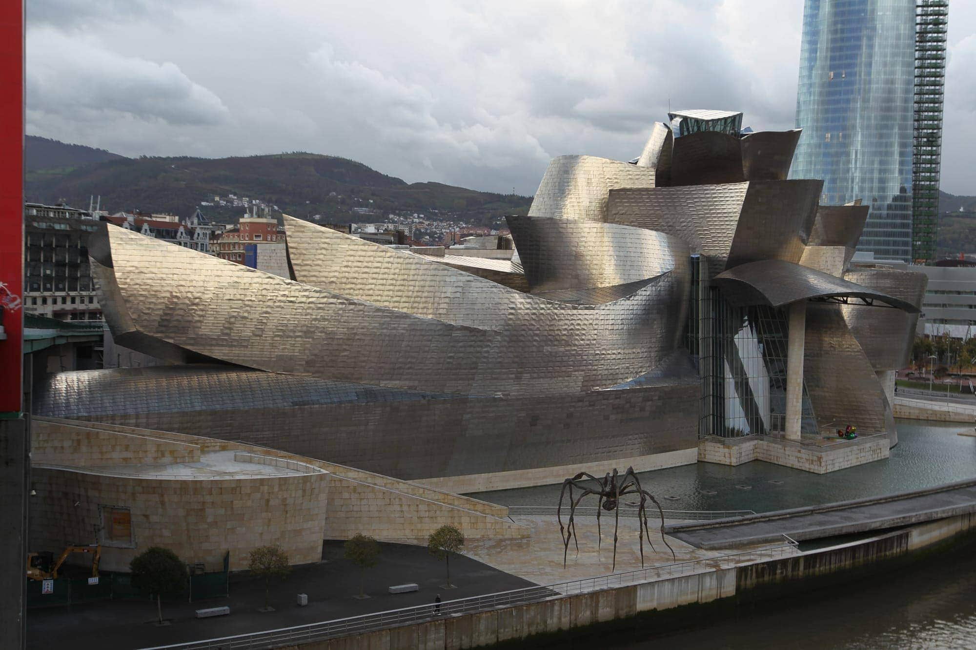 guggenheim museum bilbao the four seasons of the guggenheim museum bilbao 11429