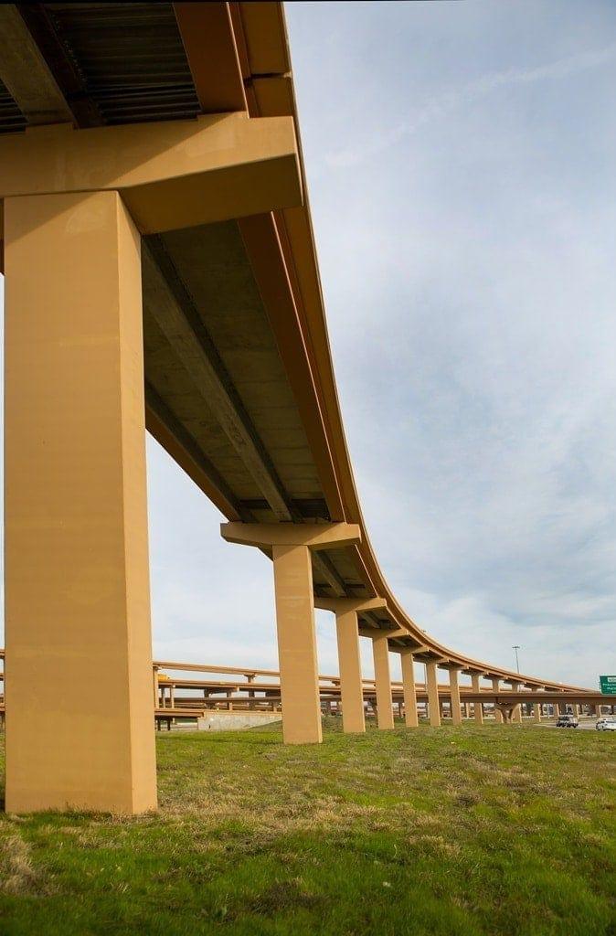 puente autopista north tarrant express en Texas por Ferrovial