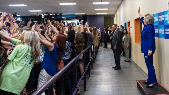 Corporate communication Hilary Clinton selfies