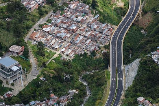Carrera 80 la comunidad de La Iguana