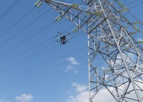 Reducir consumo de energía eléctrica con drones