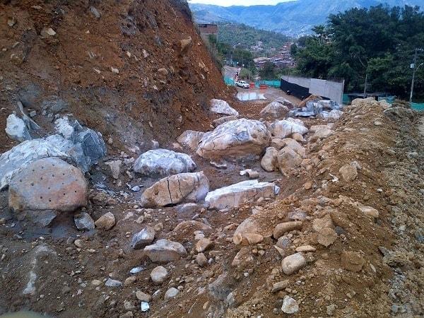 expansive cement rocks remnants