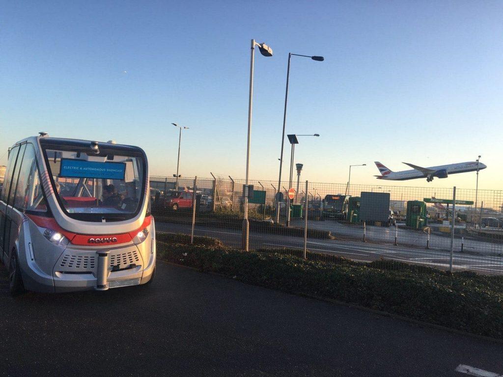 vehiculos autonomos bus aeropuerto de londres heathrow