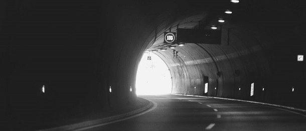 Accidente de tráfico en un túnel