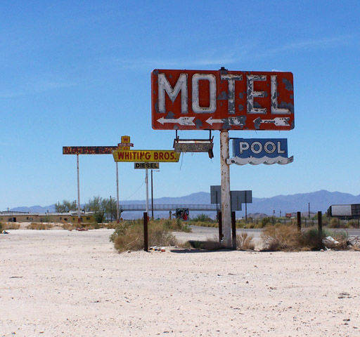 Sign of a motel on Route 66