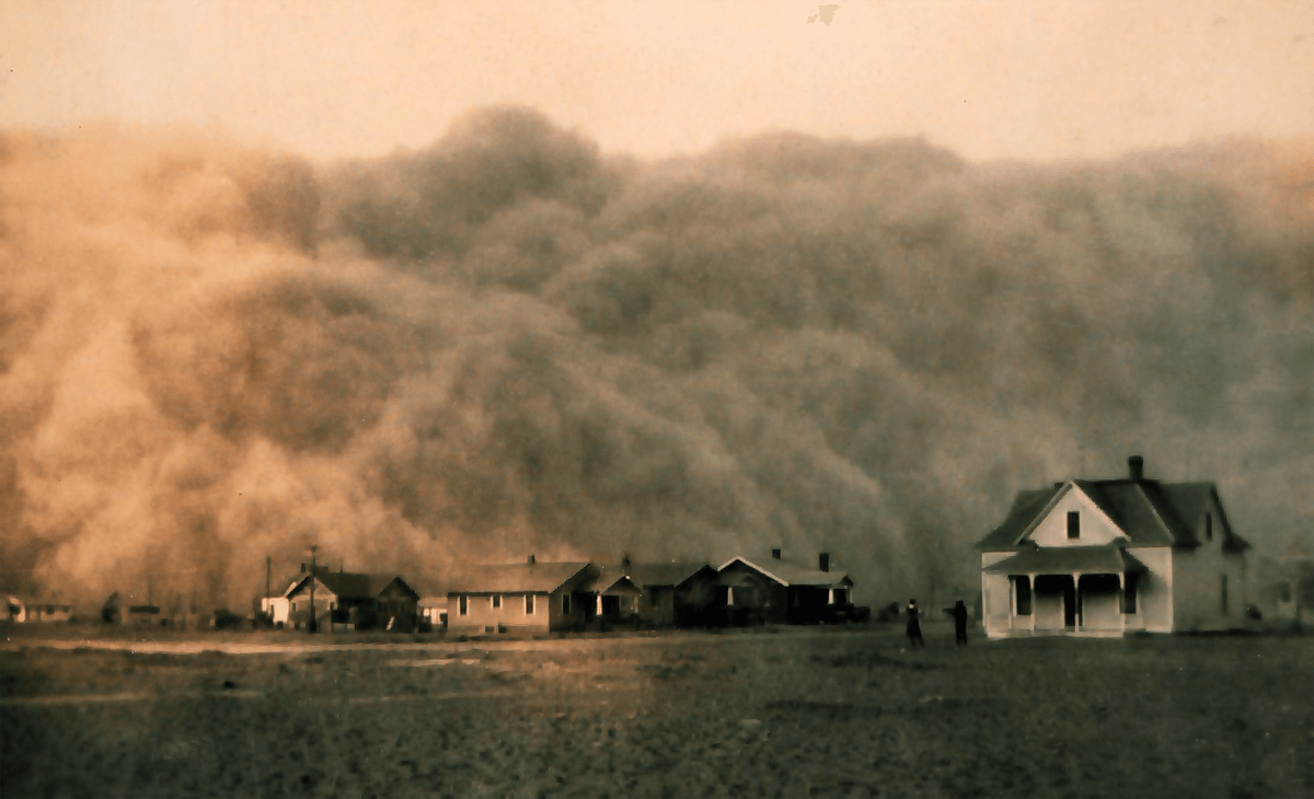 Image of one of the famous dust storms in Texas, Route 66, highway, USA