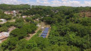 Placas solares en el pueblo El Salado Colombia