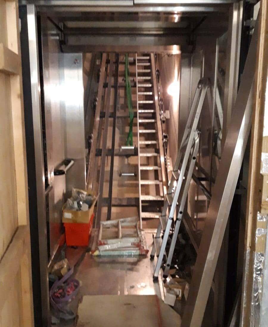 maquinaria de ascensores